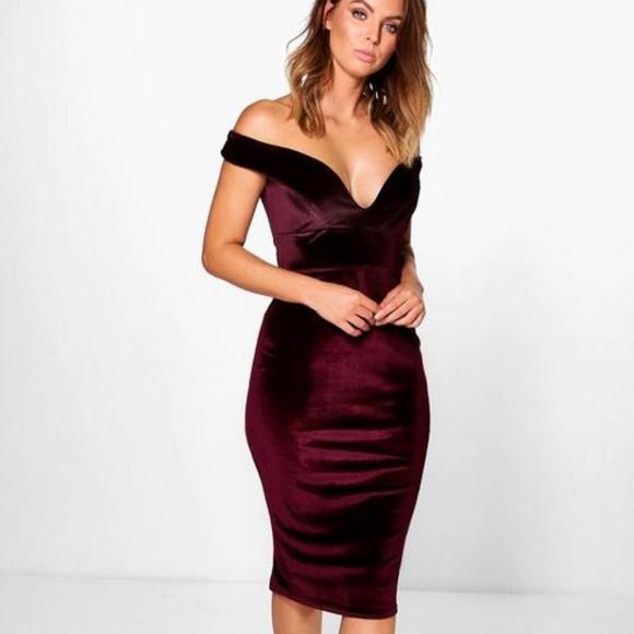 7a1f928178b5 Boohoo Dresses | Elouise Velvet Off Shoulder Bodycon Dress | Poshmark